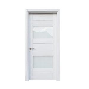 porta bianca con vetri